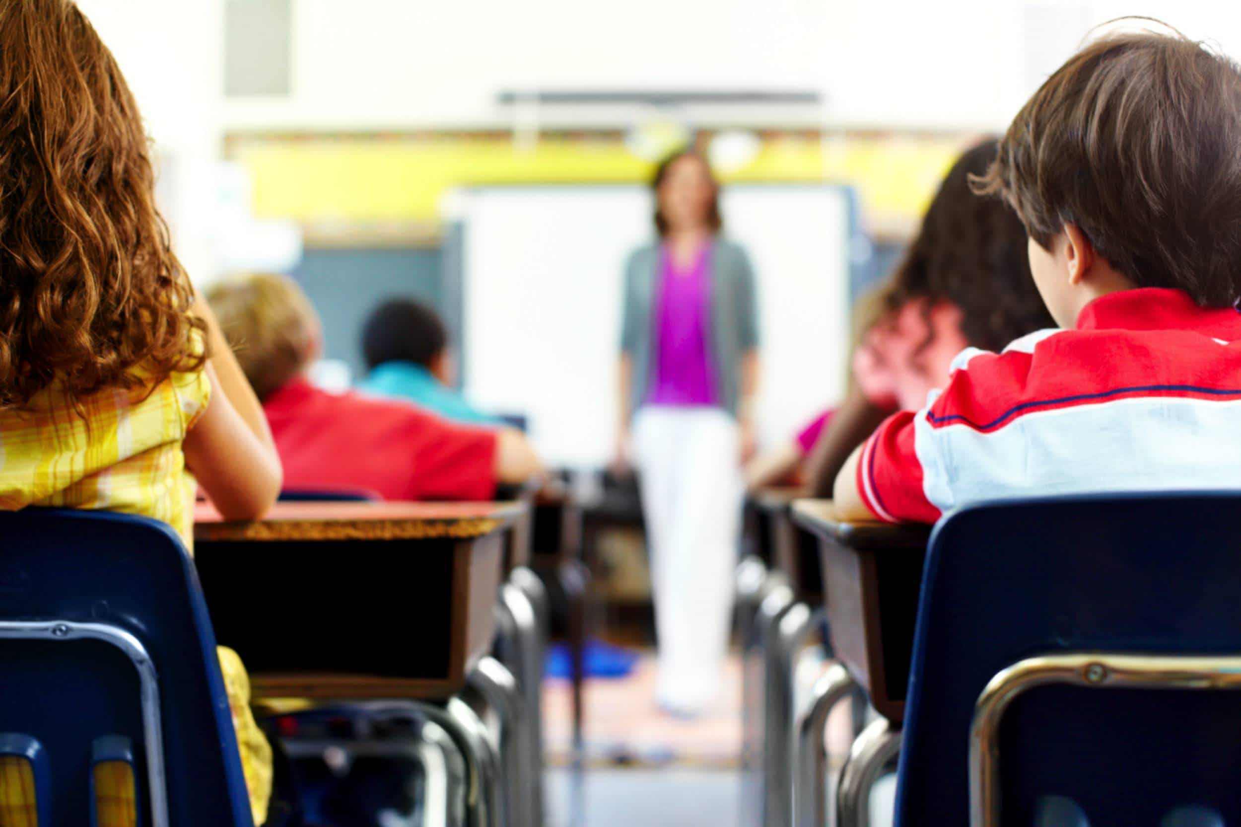 enfant en classe